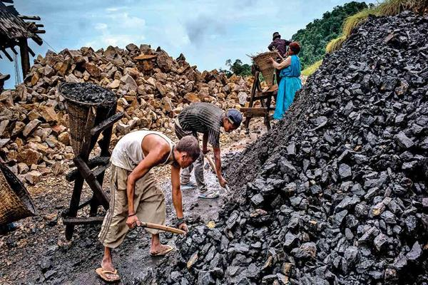 coal india employees  organizations will protest against not reforming pension