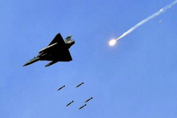 air chief bs dhanoa told why balakot air strike was done at night