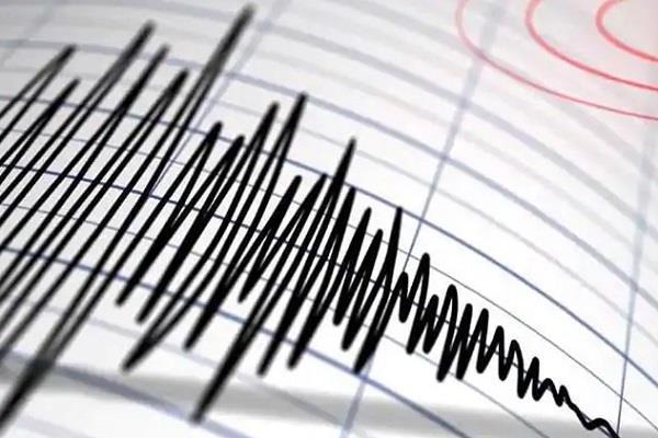 earthquake wreaks havoc in pakistan 19 killed 300 injured