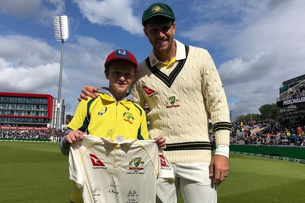 australia 12 year old kid ashes cricket team garbage collector cricket fan