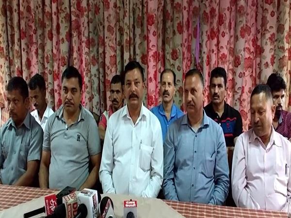 bhartiya mazdoor sangh claims to be increasing