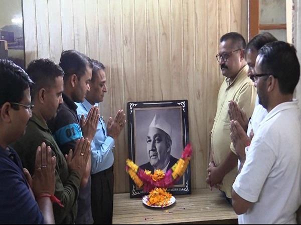 amar shaheed lala jagat narayan paid tribute to press club
