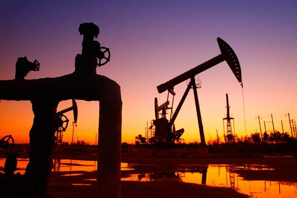 considering increasing oil imports from russia after saudi incident