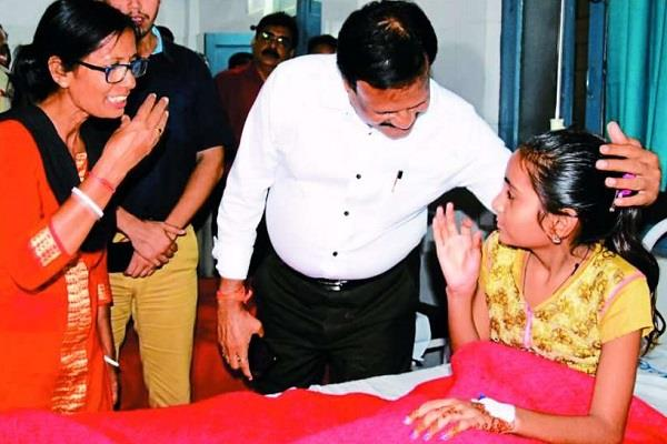 silent girls become ill having meals minister visits hospital