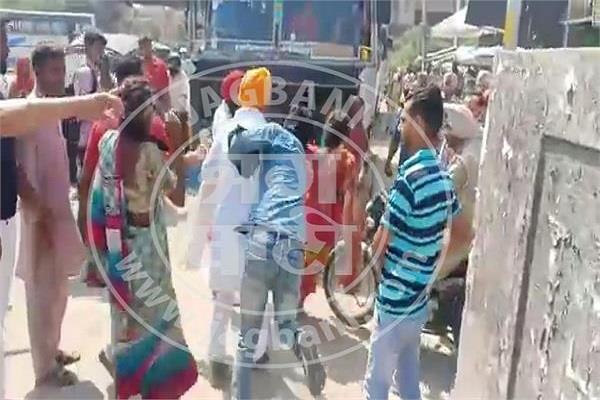rama mandi chowk jalandhar women thieves gang beaten
