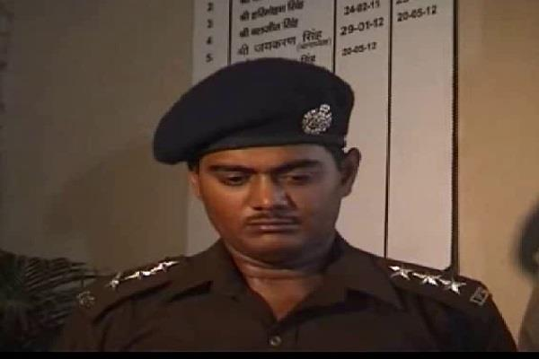police arrested fake ips accused looted millions rupees