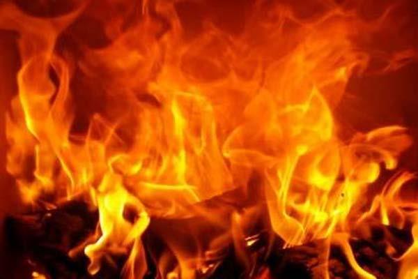 bbn fire shopkeeper alive burnt