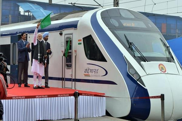vande bharat express  shock coaches will not be built this year