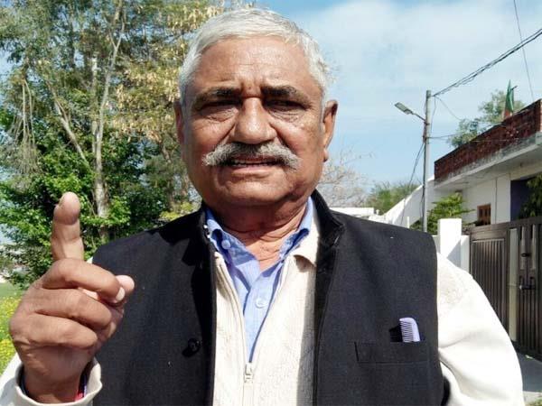 hariom bhanot target on congress