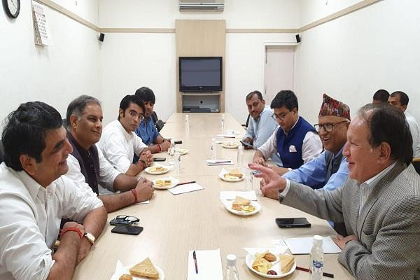 congress and nepali congress leaders discuss mutual relations