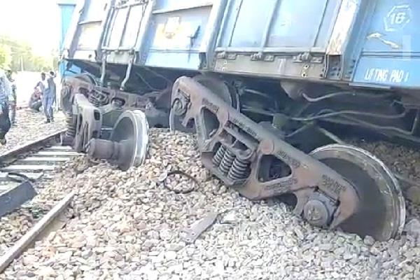 the train filled with coal was going from mathura to jhadli