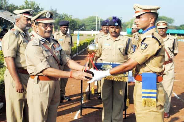 jitesh kumar will get the central home minister police award
