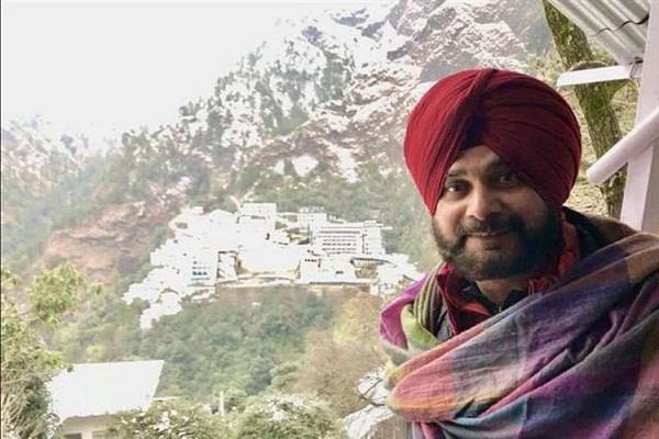 vaishno devi shocks sidhu shiv sena shouts in protest
