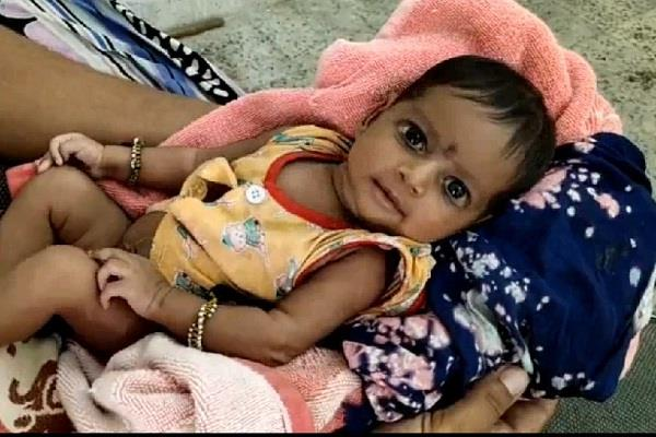 police rescued a two months old baby girls near railway station