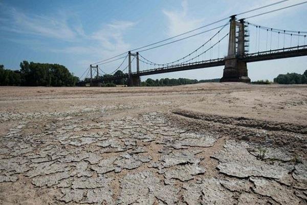 1 500 people die in heat in france due to hot winds