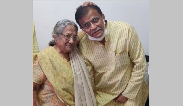 dhankar took blessings to meet haryana veteran leader kamla verma