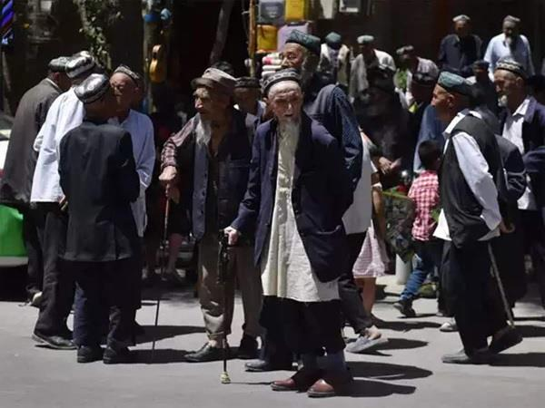 china announces new rules for muslims visiting saudi arabia for haj