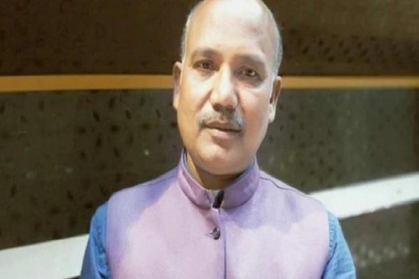 bjp leader shot dead up police involved in investigation