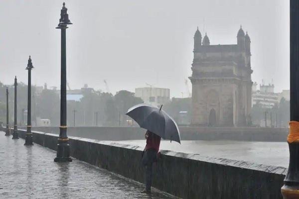 heavy rain in mumbai red alert issued