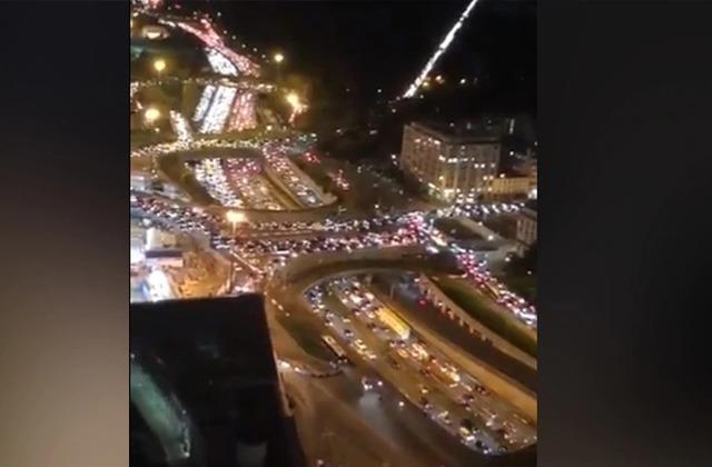 फ्रांस में दूसरा लॉकडाउन होते ही लोगों में मची अफरा-तफरी, सड़कों पर दिखा 700 KM लंबा जाम