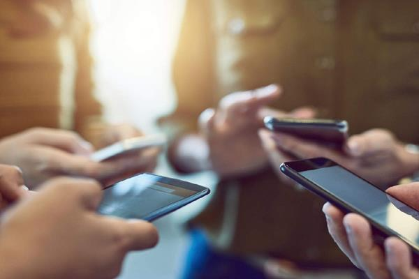 now many companies will make mobiles in india government approves 16 proposals