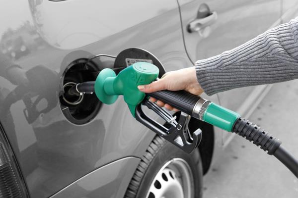 diesel became cheaper by more than 3 rupees in a month know the price