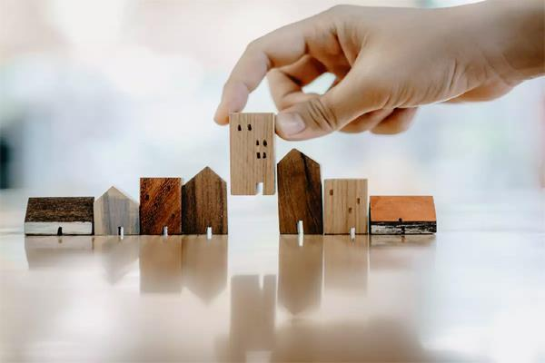 corona crisis shocks real estate sector cell falls heavily