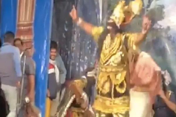 national news social media video viral ramleela ravana