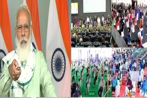 modi to inaugurate three projects including kisan suryodaya yojana in gujarat