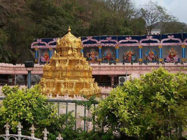 andhra pradesh landslide at kanak durga mata temple in vijayawada