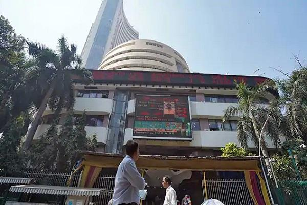 market cap of nine in top 10 companies increased by rs 3 lakh crore