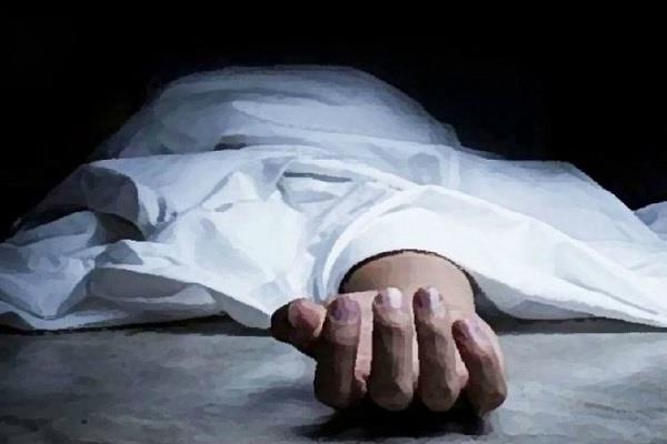 husband had an illicit relationship with a village woman committed suicide