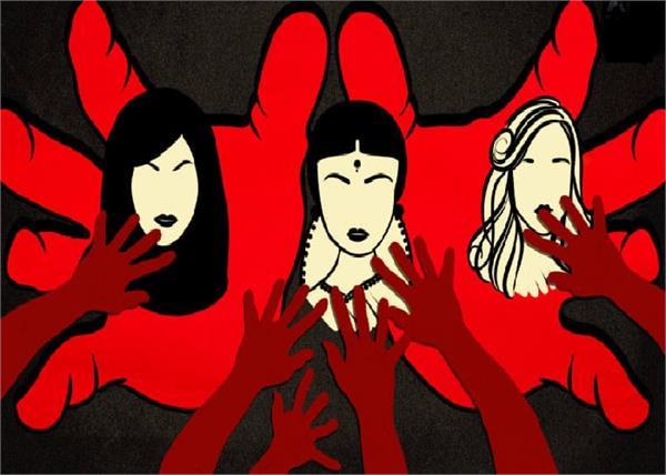 आखिर कब होगा इंसाफ... चित्रकूट 14 साल की बच्ची के साथ गैंगरेप, गोंडा में सोती बहनों पर फेंका एसिड