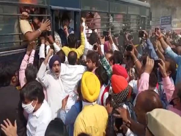 dalit insaf yatra sampla arrested