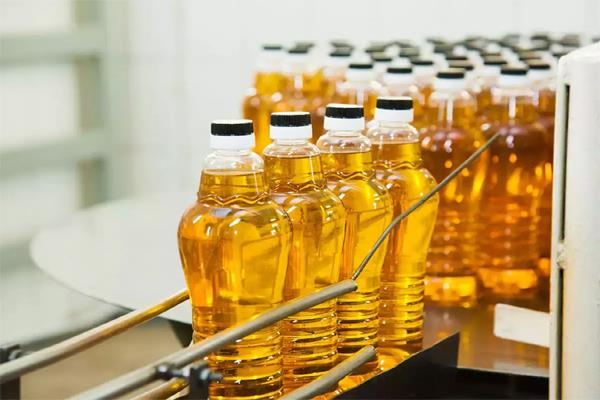 constant increase in prices of edible oils mustard oil reaches rs 160