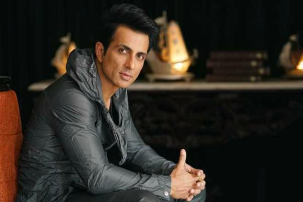 sonu sood speaks to fans
