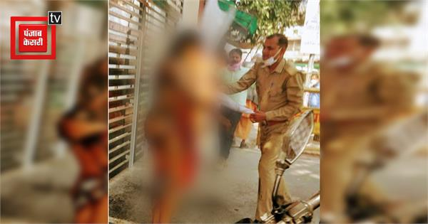 lucknow woman commits self immolation police detains son of congress leader