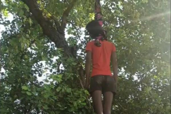 dead body of brother in law accused devar found hanging on tree