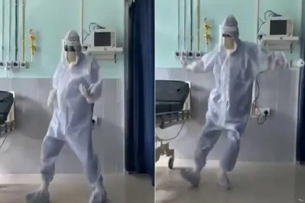 corona virus hrithik roshan doctor video viral