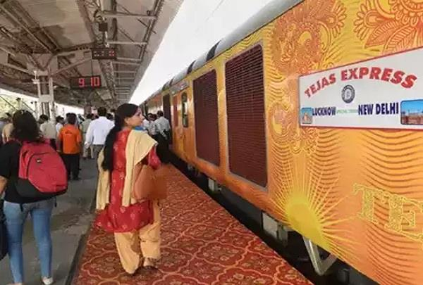 tejas express  will run on track from october 17 know start booking tickets