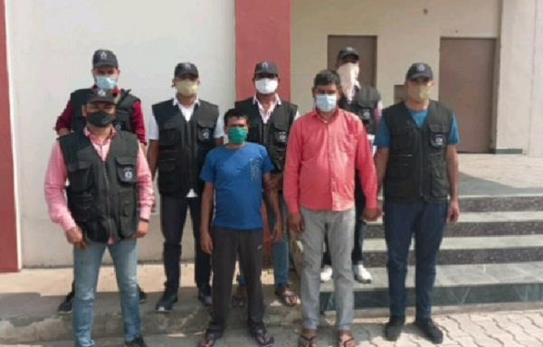 brother in law vivek of the famous gangster sube arrested