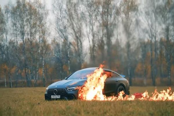 mercedes car worth 1 25 crore burned in anger