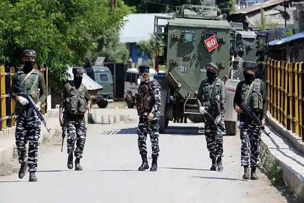 terrorists fire on security forces in budgam in jammu and kashmir