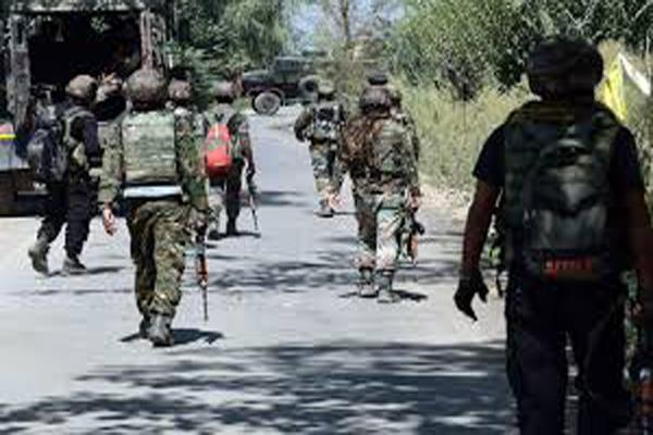 terroristarrest in chadora kashmir