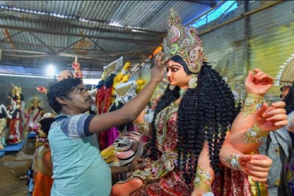 gonda lottery of sculptors devotees are buying idols at double the price