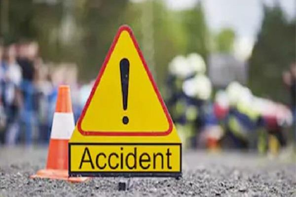 unidentified vehicle hit scooty father and daughter died in an accident