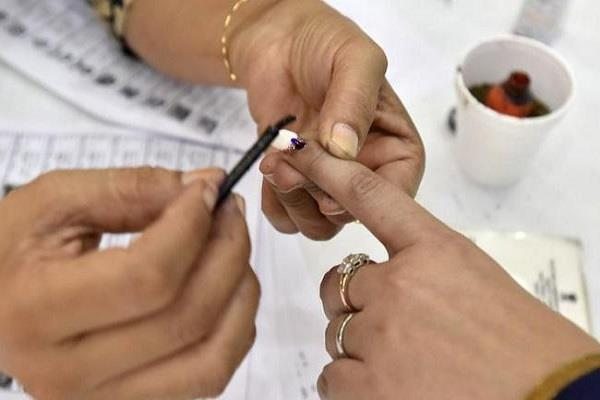 administration busy in finalizing preparations for voting in aurangabad