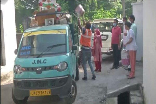 jmc install autos to lift garbage