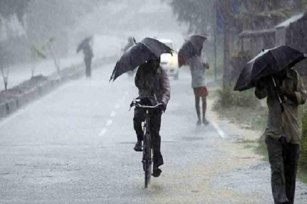 pressure area over the bay of bengal increased threat of heavy rain averted