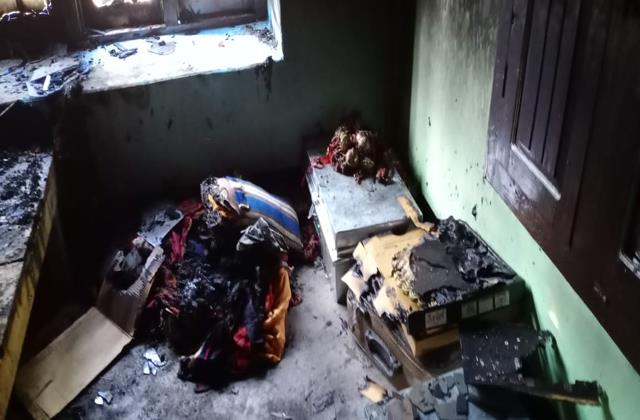 elderly sleeping in room in jaktari scorched by fire death